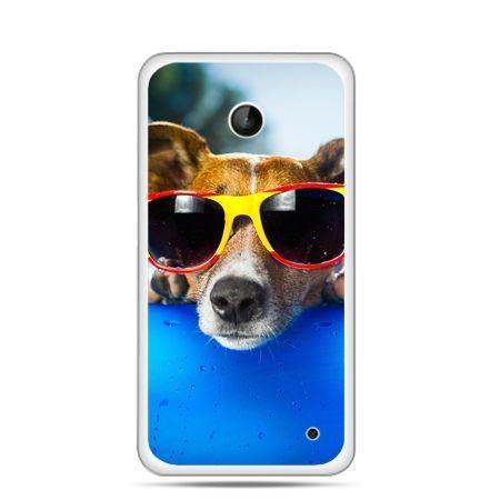 Nokia Lumia 630 etui pies w kolorowych okularach