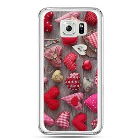 Etui na telefon Galaxy S7 pluszowe serduszka