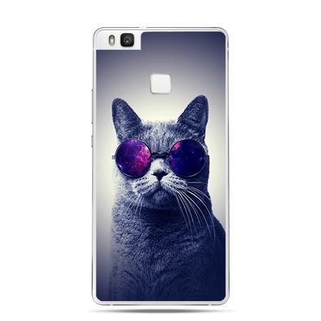 Etui na Huawei P9 Lite kot hipster w okularach.